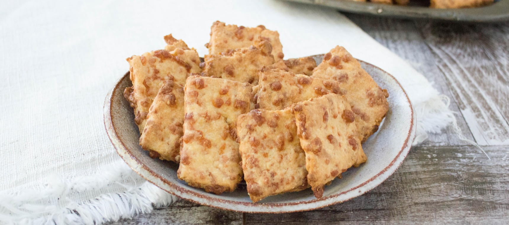 4 Ingredient Cheese Crackers