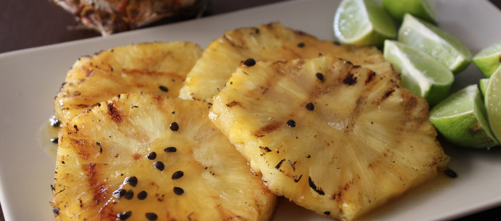 Grilled Pineapple with Tropical Sauce