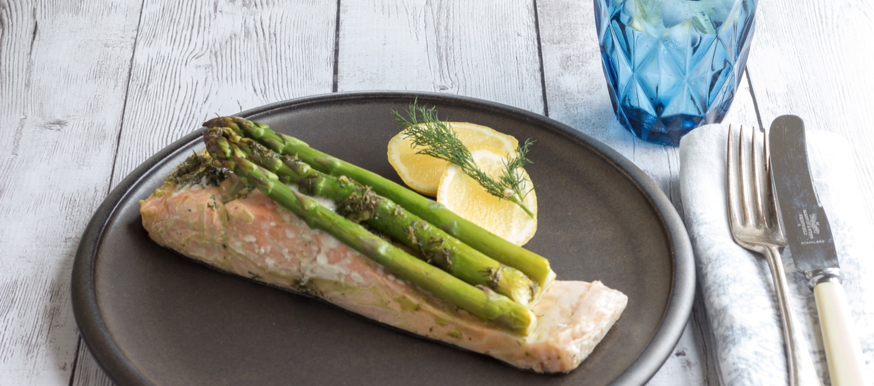 Lemon and Dill Salmon Parcels with Asparagus