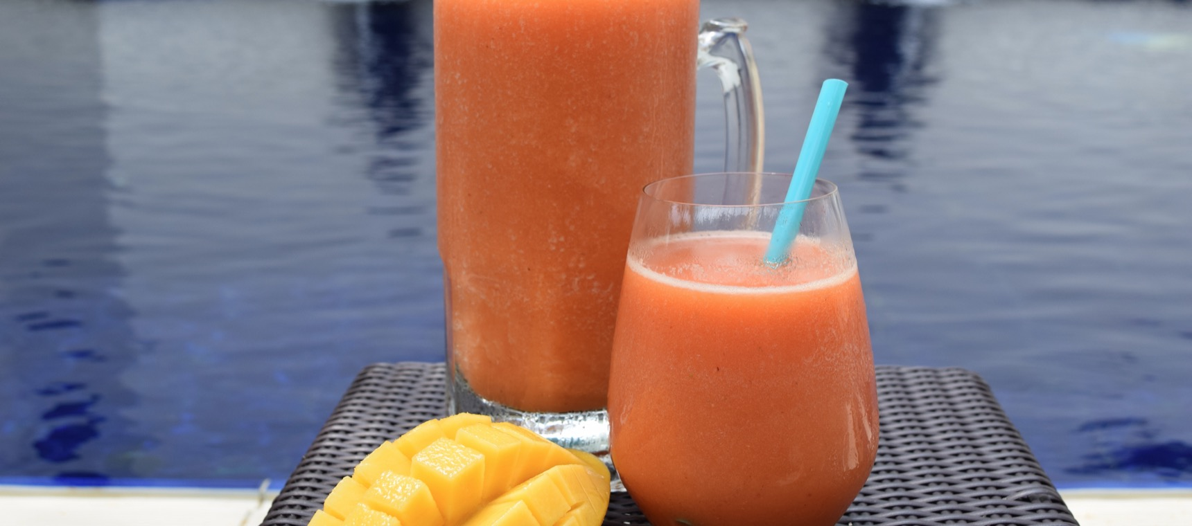 Mango-Berry Frappe Punch