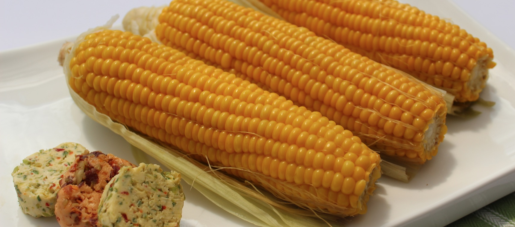 Steamed Corn with Flavoured Butters