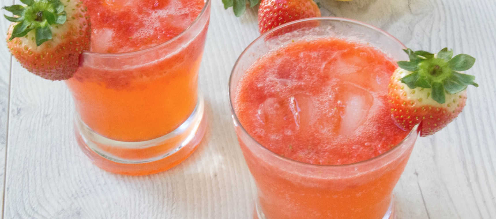 Fresh Strawberry Lemon Coolers