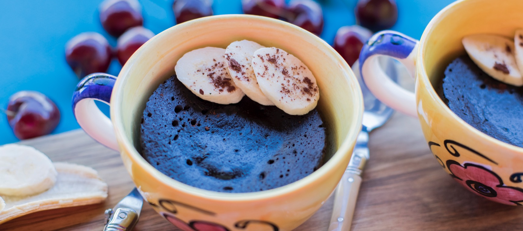 Healthy 4 Ingredient Chocolate Mug Cake