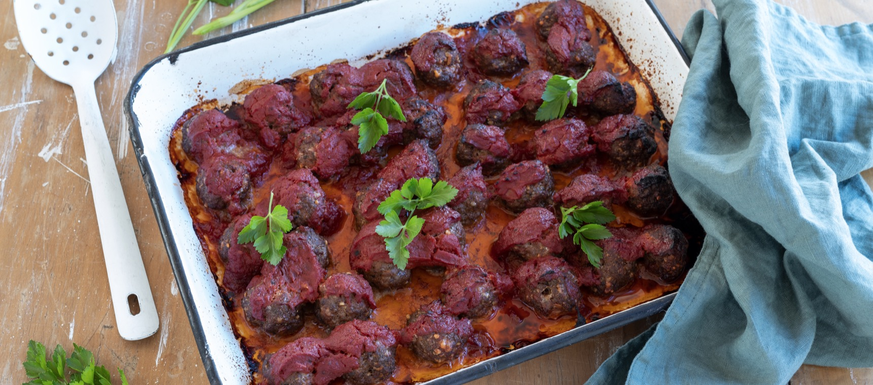 Oven Baked Pizza Meatballs in Homemade Tomato Sauce