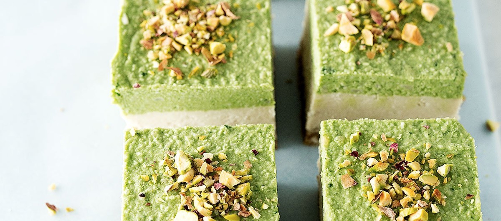 Raw Lime Pistachio Slice