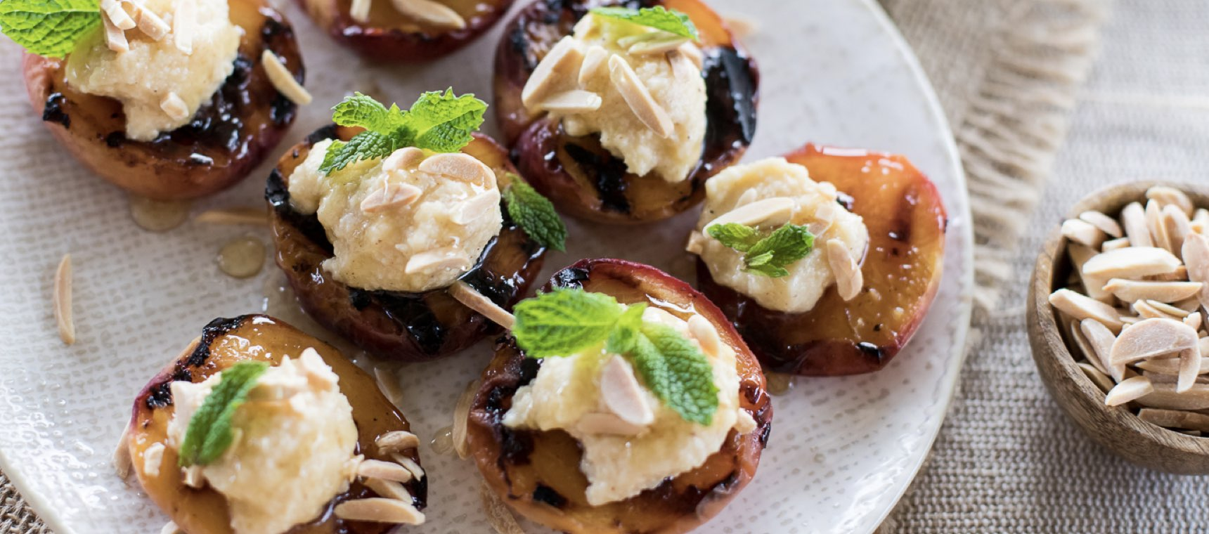 Grilled Cinnamon Peaches with Honey Mascarpone